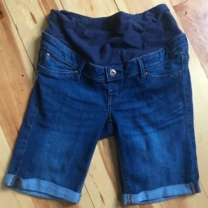 H&M maternity jean shorts